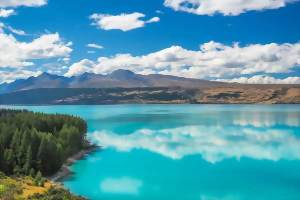 The sparkling waters of Lake Pukaki, Mt Cook National Park