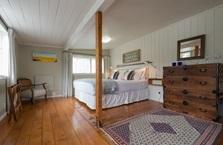 Arcadia Lodge, Russell