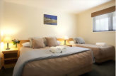 Accommodation: Clearbrook Motel and Serviced Apartments