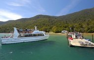 Queen Charlotte Sound Cruise and Walk