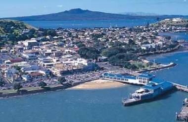Full Day Taste of Auckland Tour with Lunch