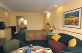 Accommodation: Distinction Luxmore Hotel