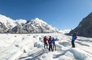 Mt Cook Scenic Flight and Tasman Glacier Heli Hike with Glenorchy Air