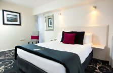 Accommodation: Mercure Wellington Central City Apartments