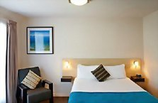 Accommodation: Picton Yacht Club Hotel