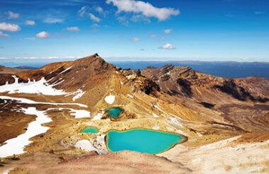 Tongariro Crossing day hike