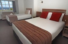 Accommodation: Suncourt Hotel & Conference Centre