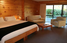 Accommodation: Westwood Lodge