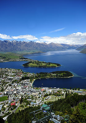 Sunny day in Queenstown