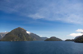 Cruise by boat around Fiordland National Park