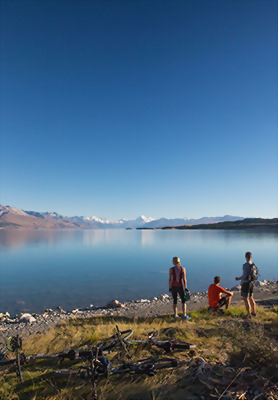 Views over Lake Pukaki