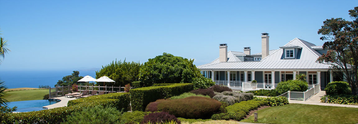 Kauri Cliffs Lodge & pool New Zealand