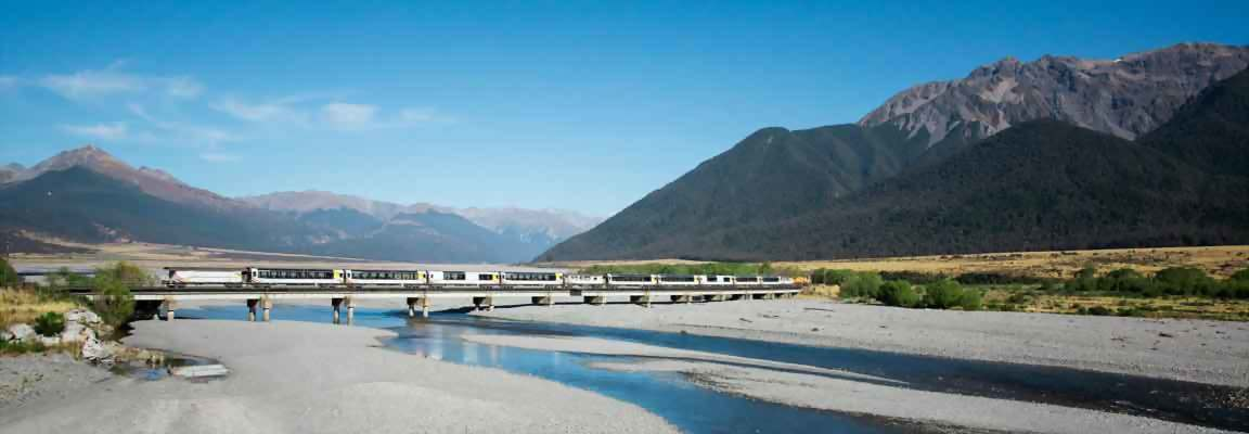 New Zealand's scenic Tranzalpine Train