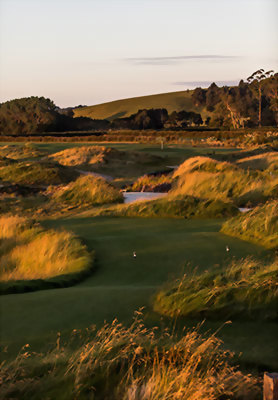 Golf at Windross Farm, Auckland