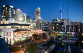 Auckland City nightscape, cafes, restaurants and wonderful views