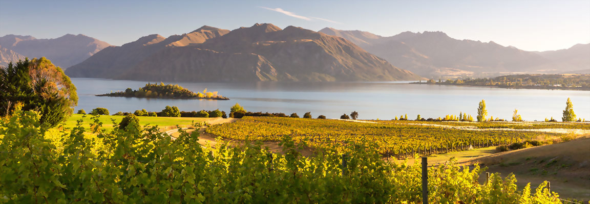 Essential New Zealand Itineraries include locations such as Wanaka, New Zealand