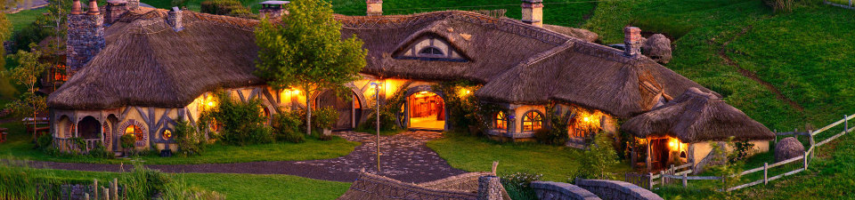 North Island Tours, Hobbiton Movie Set, New Zealand
