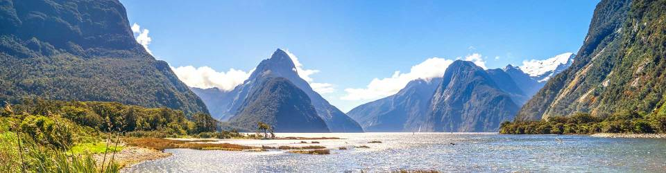 Explore Milford Sound, South Island New Zealand